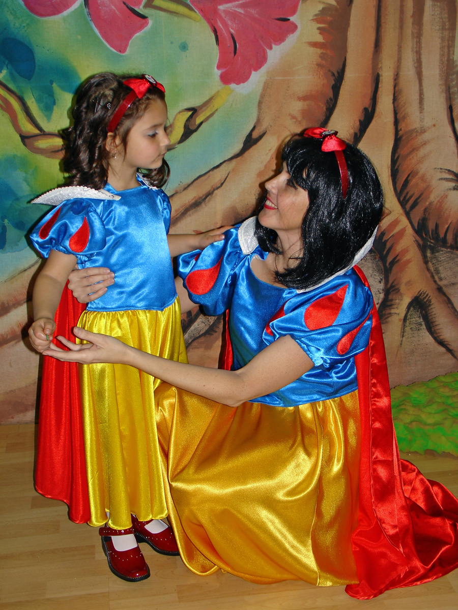 Snow White Princess Party Welcome To Fairyland Theatre