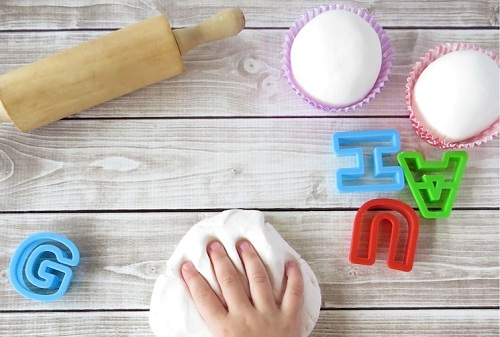 easter-activities-for-kids-002-play-dough